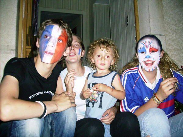 <p>Les Va&icirc;tois ne sont pas des r&eacute;volutionnaires ! Ils ne sont pas all&eacute;s Place de la R&eacute;volution !</p> <p>Les Va&icirc;tois restent aux Va&icirc;tes !</p> <p>Bravo tout de m&ecirc;me &agrave; l'&eacute;quipe de France pour ce grand spectacle !</p> <p>Toute reproduction des photos de cet album est soumise &agrave; autorisation de l'association les Va&icirc;tes afin de prot&eacute;ger les personnes figurant sur ces photos.</p>