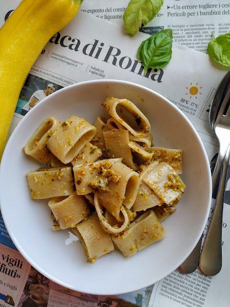 Pâtes et pesto de fleurs de courgettes #végétarien
