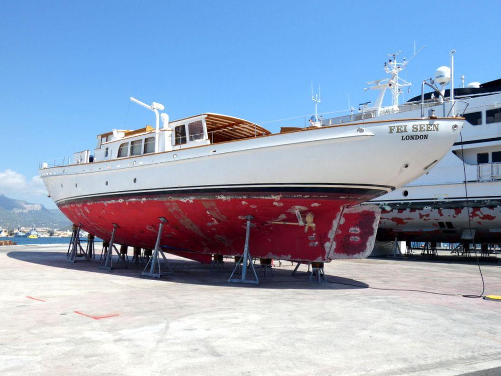 FEI SEEN ,  Voilier  en réparation aux chantiers de Monaco Service  à la Seyne sur Mer le 18 aout 2019