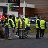 Social - A Brioude, la journée d'action se joue sur la RN 102, à Flageac où syndicats et Gilets jaunes bloquent les camions