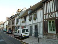 Pont de l'Arche-Eure-centre ancien-maisons à pans de bois-Cl. Elisabeth Poulain