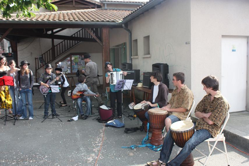 Album - 20110430-gatinoux-au-marche-africain