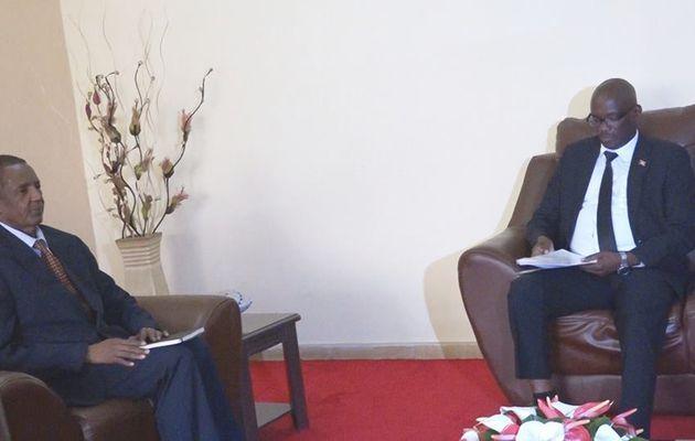 Le Président du Sénat reçoit en audience l'envoyé spécial de l'OIF
