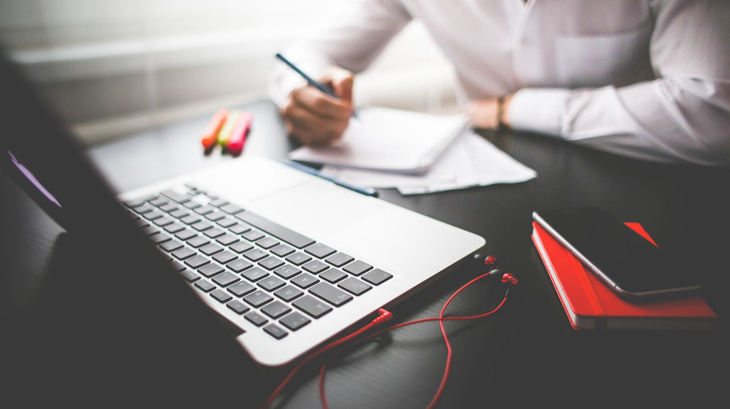 Five Top Qualities a Leading Virtual Administrative Assistant Have To Have