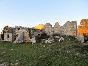 Les ruines de l'ancienne boulangerie du vieux village