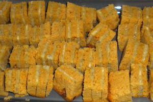 Millefeuille de pain d'épice au roquefort