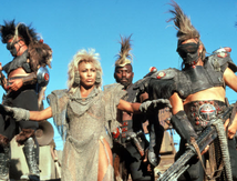 Mad Max 3 : au-delà du dôme du tonnerre (1985) de George Miller