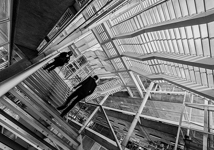 Photographies N/B  de Carré d'Art   format 40x50cm Tirages unique sur papier baryté. © Jean-Pierre Loubat
