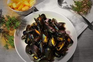 Moules au soupçon de curry doux
