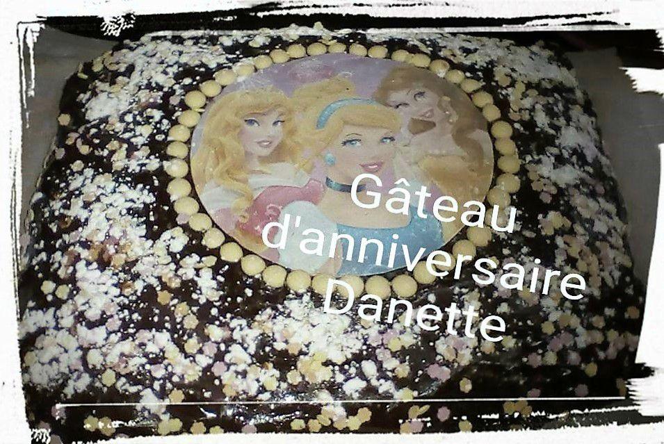 Gâteau d'anniversaire pour Samia