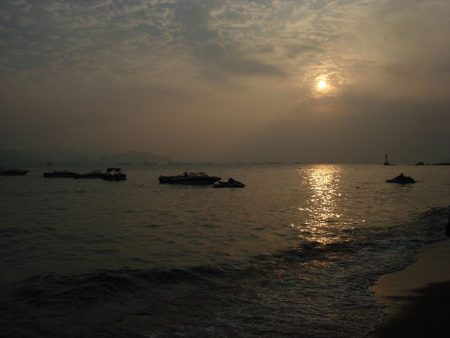 Gu lang Yu, une ile sans voiture ni scooter, accessible uniquement en bateau... ses maisons de style colonial, ses fruits de mer...