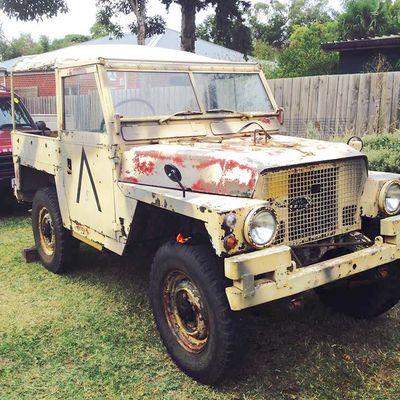 Land Rover 1/2 Ton  au 1/43 et 1/76 (Oxford)