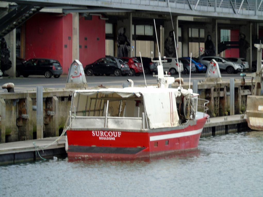 SURCOUF  BL562974 , a quai dans le port de Boulolgne sur Mer le 04 juin 2019