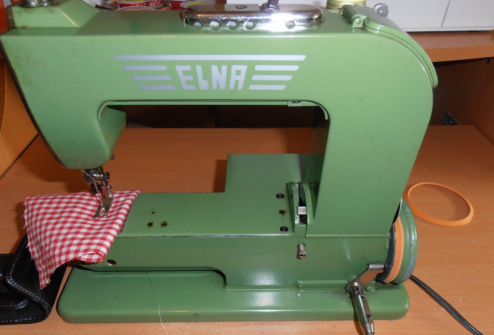 Une courroie gratuite pour Elna Grasshopper