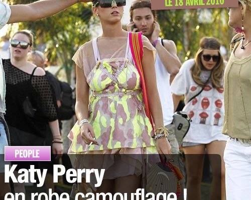 Katy Perry en robe camouflage !