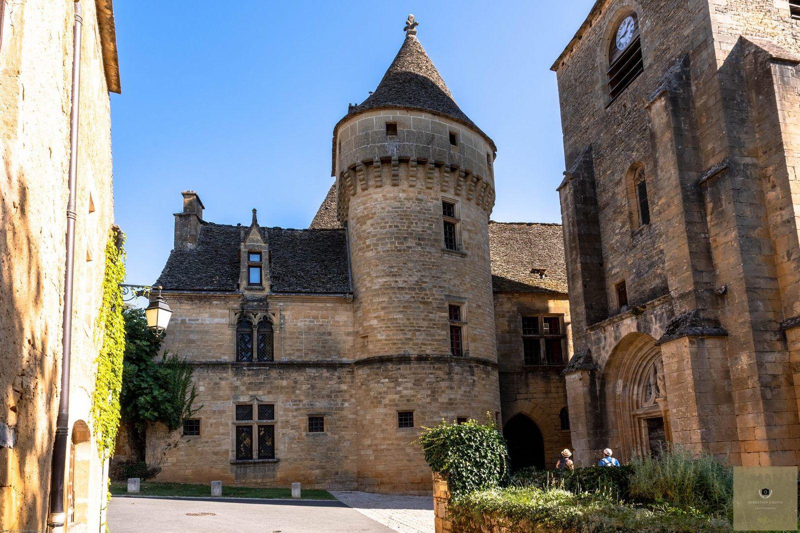 Saint-Geniès en Dordogne, un village magnifique en Périgord noir