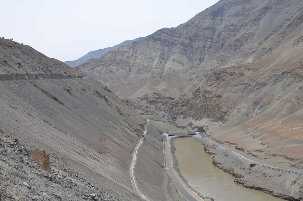 Point de jonction entre l'Indus et la rivière Zanskar