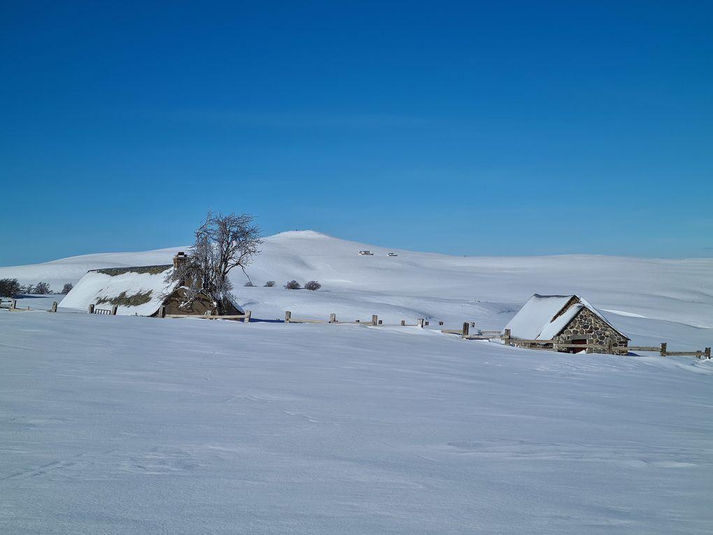 Au loin le Puy de Gudette