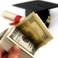 Tips to Avoid Student Loan Default Before, During and After College