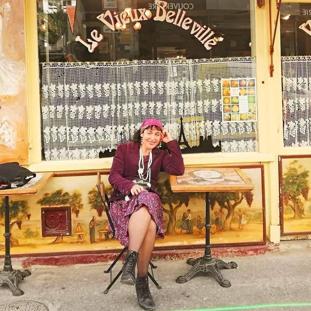Portrait du jour : Edith de Belleville au  charmant look très «titi parisien» ...
