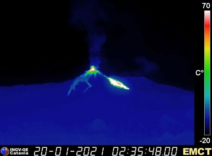 Etna SEC - lava overflow on the north side of the SEC - therm webcam. 01.20.2021 / 02.35 a.m. - INGV OE