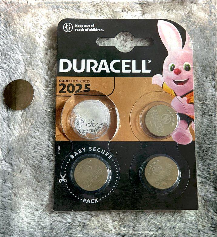L'idée ingénieuse de Duracell pour éviter l'ingestion des piles boutons
