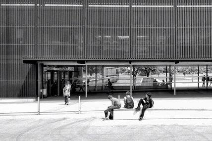 Photo: Waiting in the #fluctuatingcity...