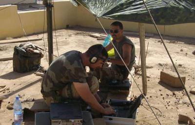 Le 44e régiment de transmissions.