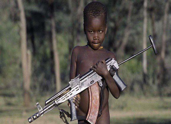 Los niños de la guerra, Uganda.- El Muni.