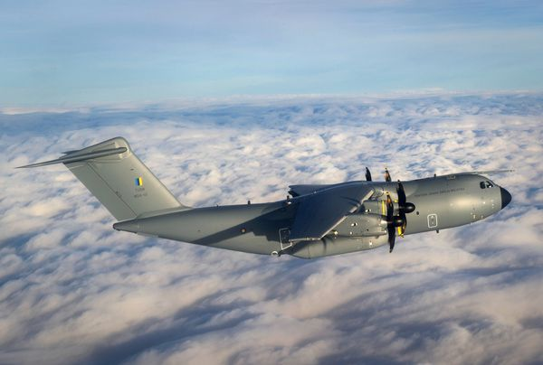 Photo : © Airbus DS - Premier vol du premier A400M Malaisien.