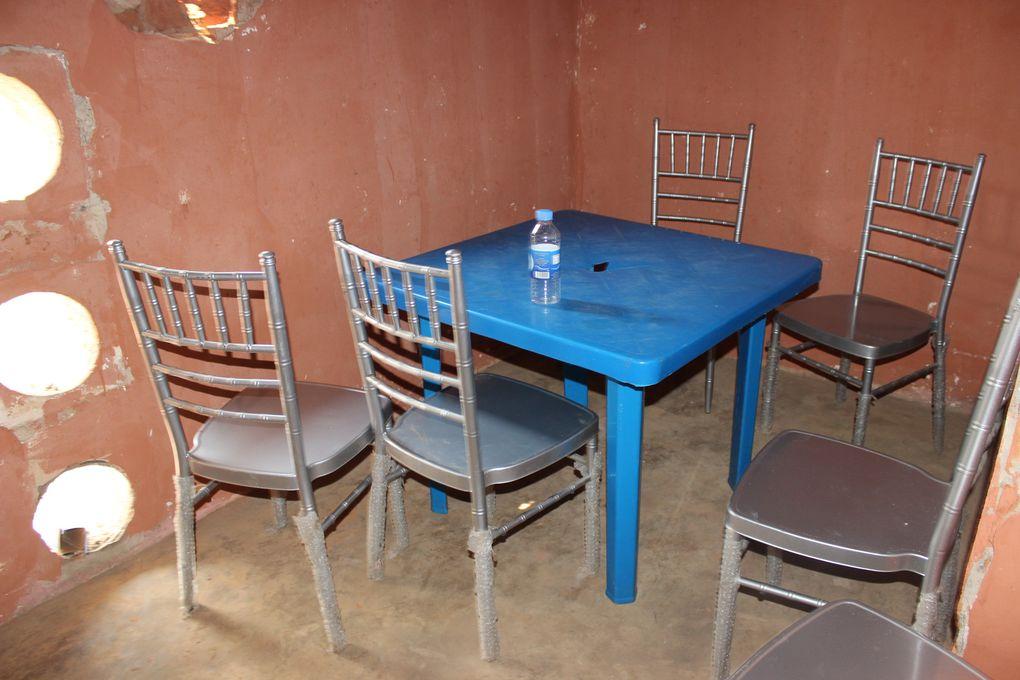 A torre de Mabubu transformada em restaurante da comida local