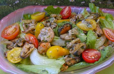 salade de fruits de mer à l'ail et persil