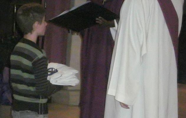 Un nouveau servant d'autel...