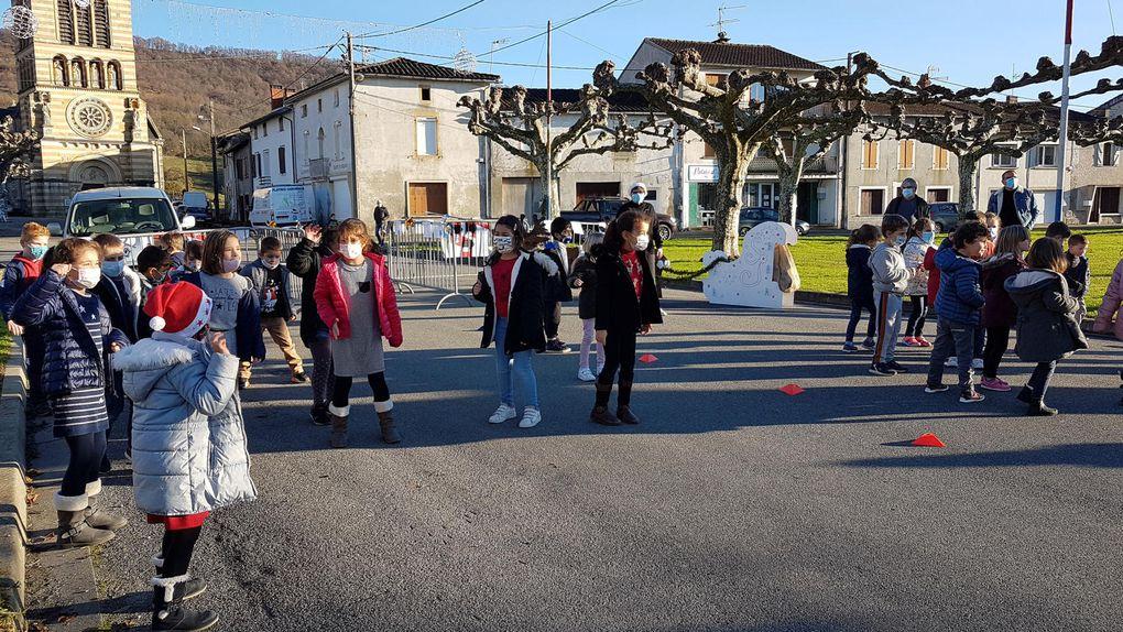 Roquefort sur Garonne - le petit marché de Noël des ALAE (périscolaire)