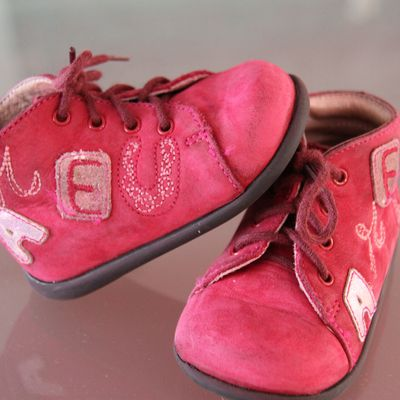 CHAUSSURES MODE 8 POINTURE 18