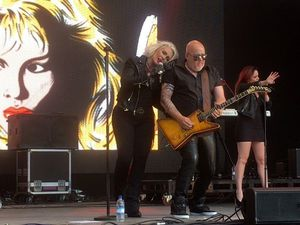 Kim Wilde live au Powderham Castle