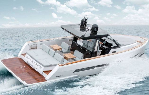 HanseYachts and Cantiere del Pardo bury the hatchet about the Pardo 43