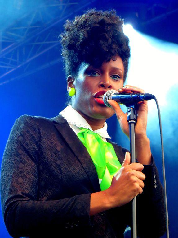 """""""Nothing For Granted"""", nouveau projet de Sandra Nkaké, voyage vocal énergique sur la scène du Campo Santo à Orléans"""