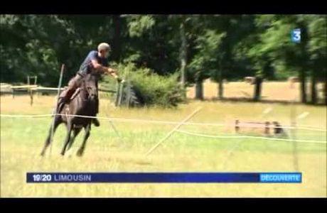 Concours international d'archerie équestre en Limousin