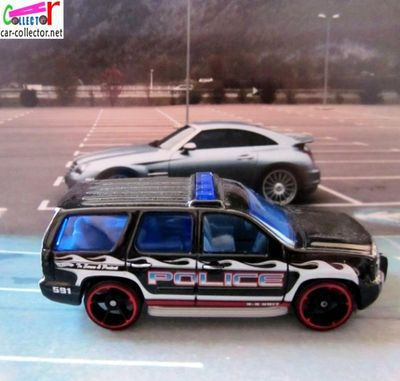 07-chevy-tahoe-chevrolet-tahoe-2007-city-works-2011-hot-wheels