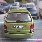 FASCICULE N°30 RENAULT SCENIC 2000 1/43 UNIVERSAL HOBBIES M6 INTERACTIONS - car-collector.net