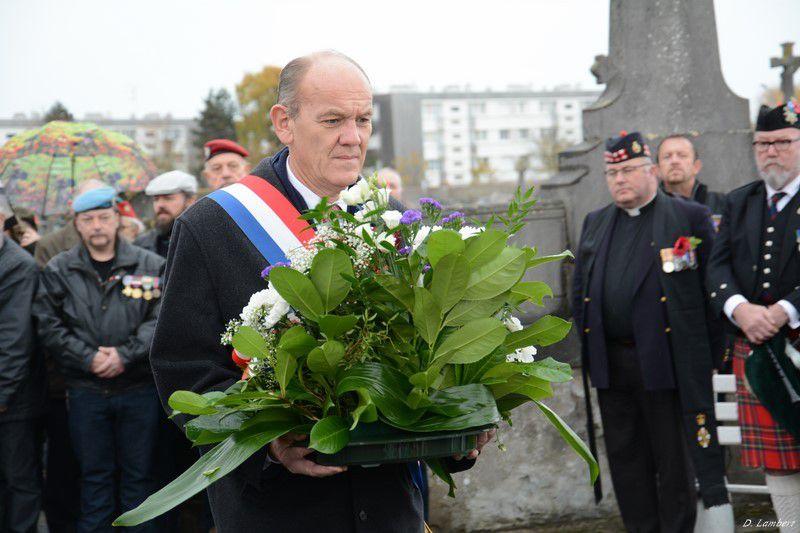 3 JOURS POUR LE CENTENAIRE DE LA VICTOIRE...DEVANT LE MONUMENT AUX MORTS !