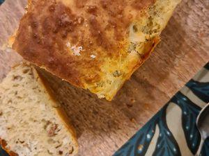 Cake au fromage de chèvre et noix