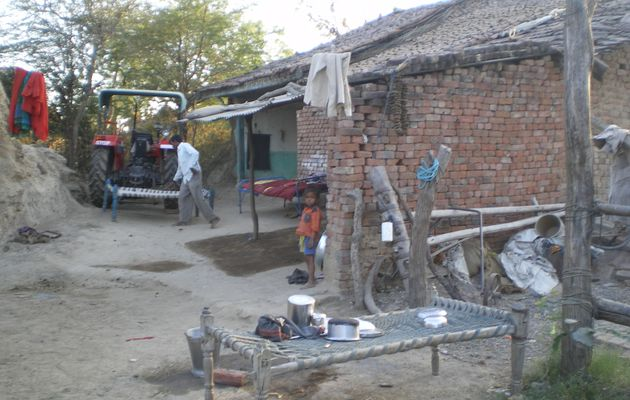 Dans un village Gujarati Begva
