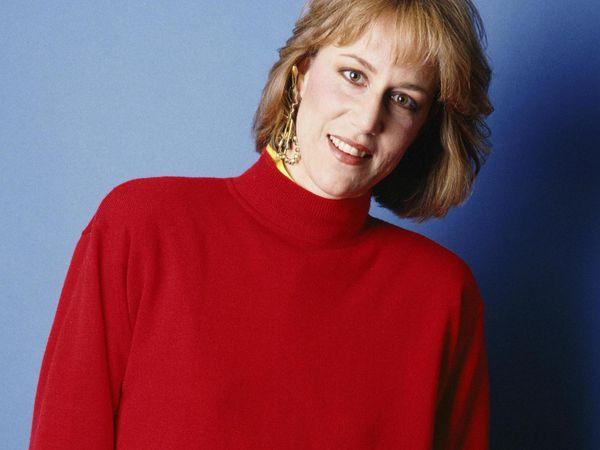 Jennifer warnes, une compositrice et chanteuse américaine, connue pour ses duos avec joe cocker et bill medley