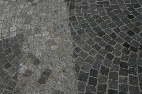 Centre ville : entre évolution et nostalgie... attention, ça glisse