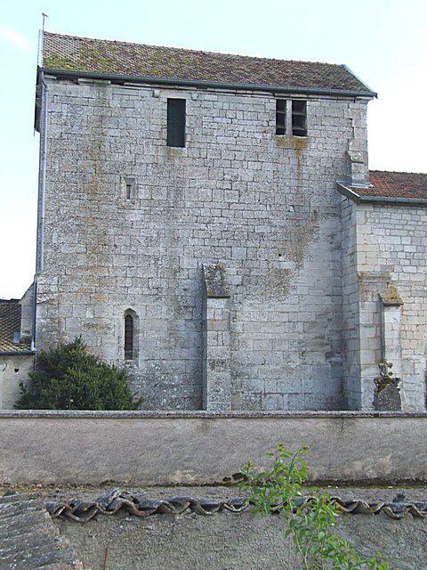Diaporama église fortifiée de Champougny