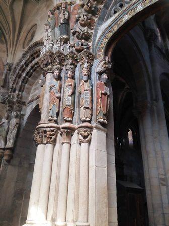 Ourence : le Pórtico del Paraíso de la cathédrale. Fait penser à celui de Santiago de Compostela.