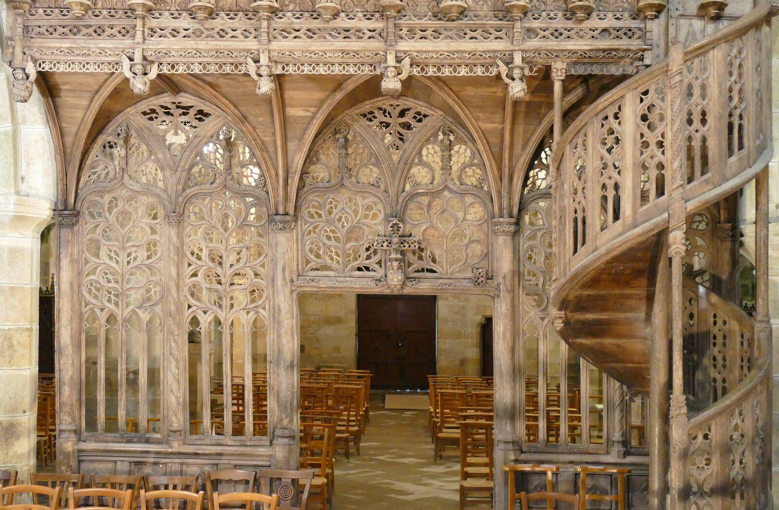 Jubé de la chapelle de Lambader en Plouvorn. Photographie lavieb-aile.