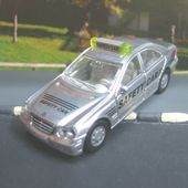 MERCEDES-BENZ C 320 F1 SAFETY CAR SIKU FORMULE 1 - car-collector.net